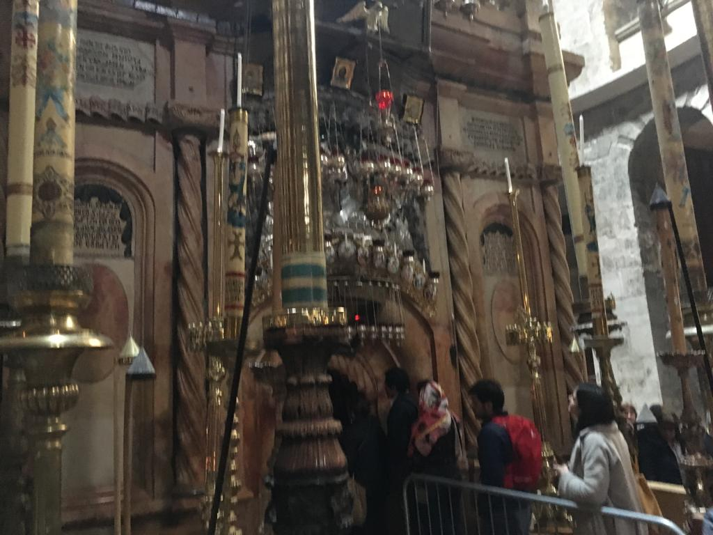 church of the holy sepulchre interior