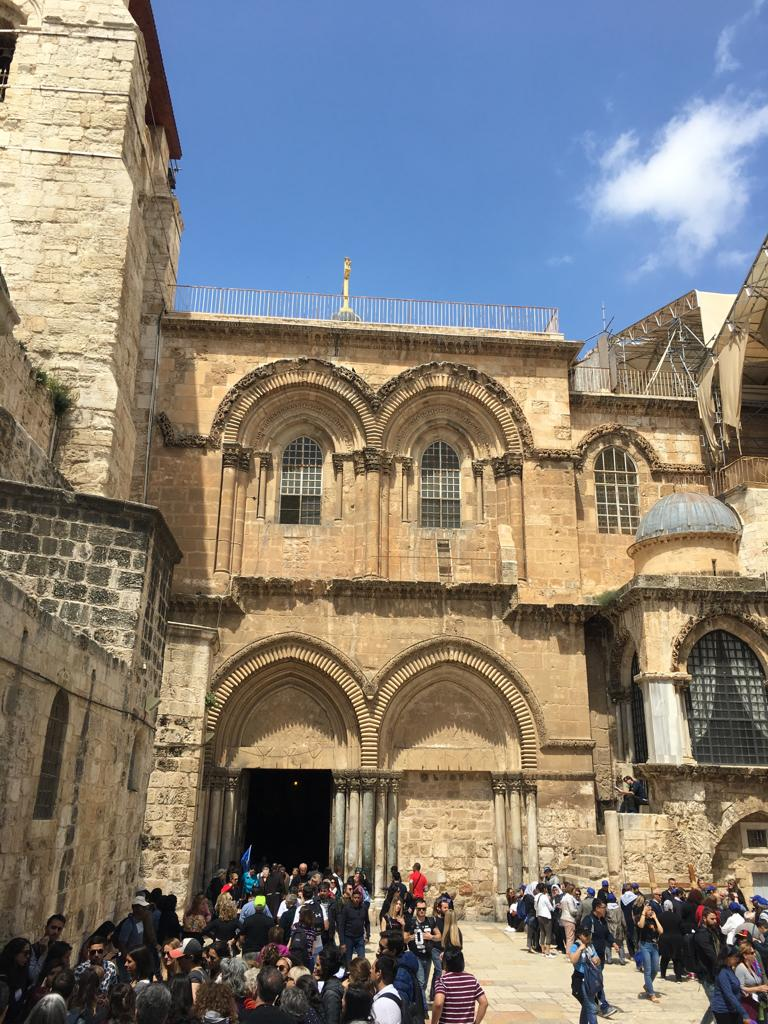 church of the holy sepulchre Exterior