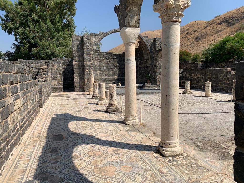 Kursi National Park ancient columns